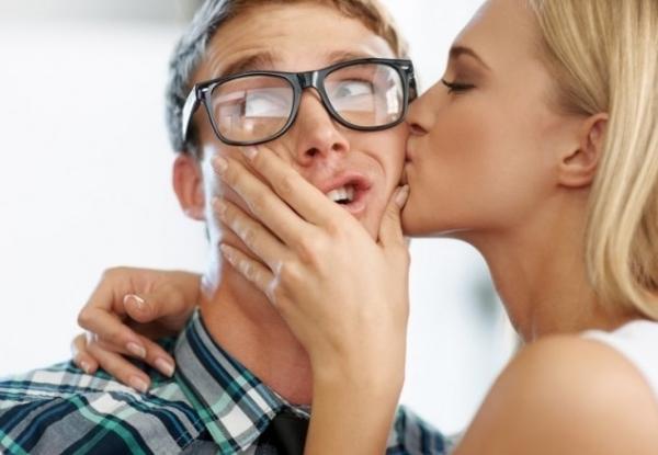 Повышение сексуальной привлекательности с помощью духов с феромонами для мужчин